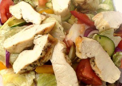 Restaurant Hollabrunn Salat Hühnerbruststreifen